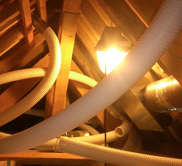 Récupération d'air chaud sous toiture - Rénovation Energétique