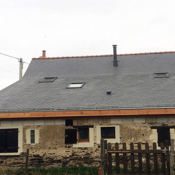 Ardoise velux et conduit - Couverture – Photovoltaïque